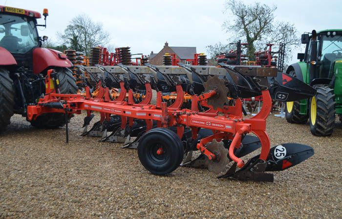 Gregoire Besson RB7 6 FURROW