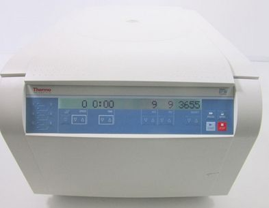 Thermo Scientific ST16 Benchtop Centrifuge