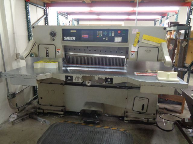 Saber S-115, Paper Cutter