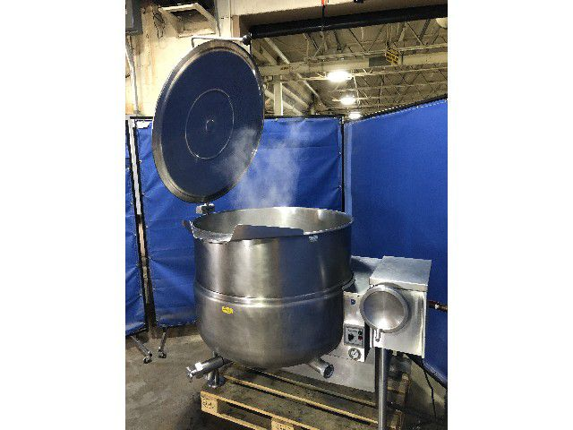 Cleveland tilting kettle