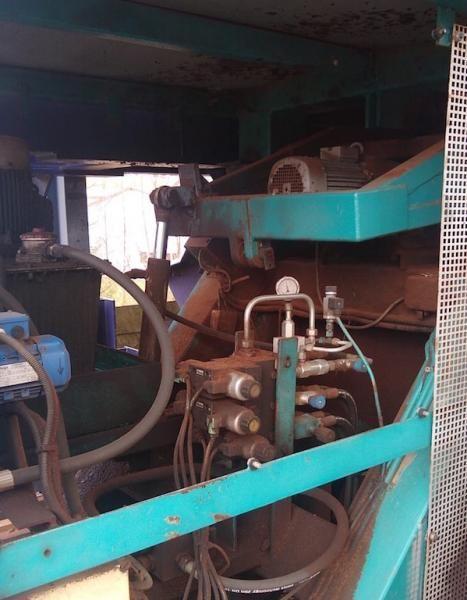 Bruks, Kloeckner RR 1000 Sawmill debarking machines