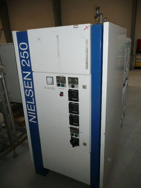 Nielsen 250 Tempering Machine