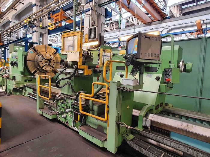 Poreba Engine Lathe 200 rpm TGC 200