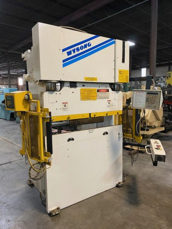 Wysong Hydraulic Press Brake w/CNC Automec