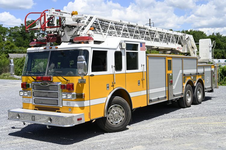 Pierce Dash 105′ HD Aerial Ladder
