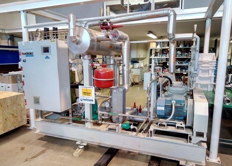 Mycom N4K water chiller unit