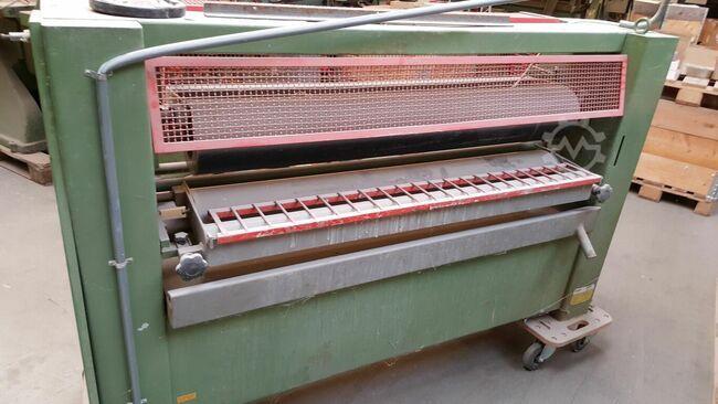 Italpresse R3 1300 Glueing applicator