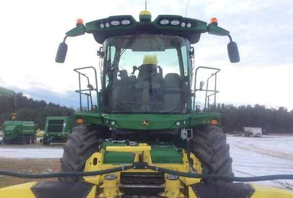 John Deere Self-Propelled Forage Harvesters