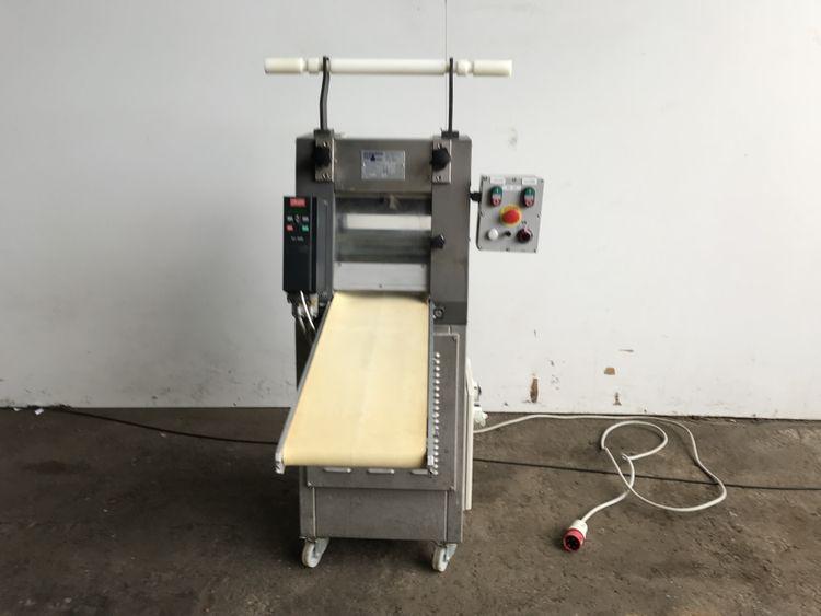 Dominioni TQ250 Automatic pasta cutter