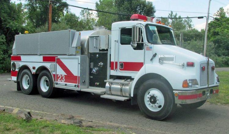 Kenworth, Pierce Pumper/ Contender Tanker