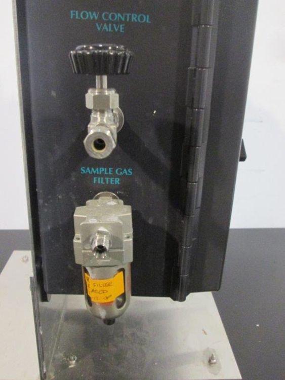 New Brunswick EX-2000 Off-Gas, CO2/O2 Analyzer