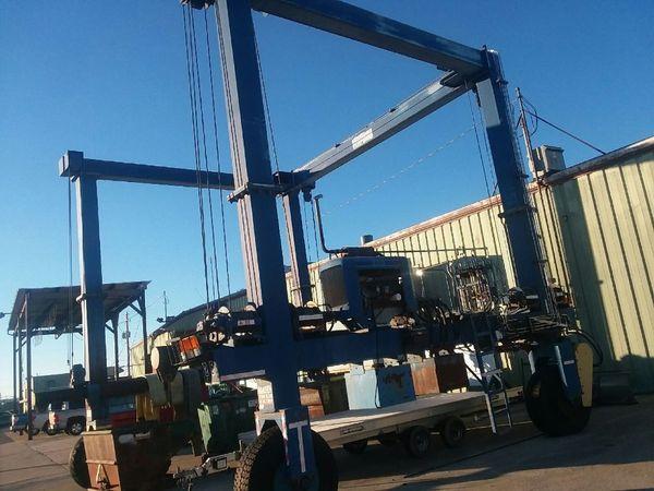 Acme Acme Boat Hoist 40 Ton