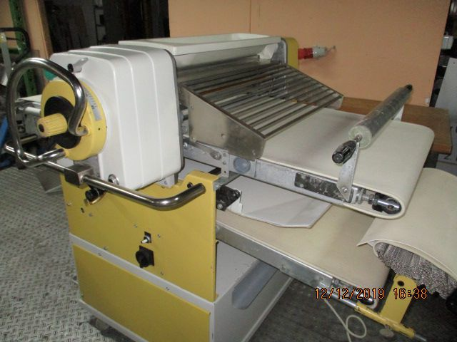 Seewer SKO 68 filling machine