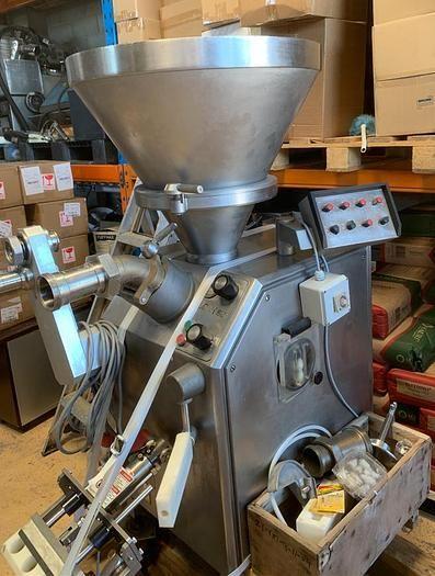 Vemag Robot 500 extruder/stuffer