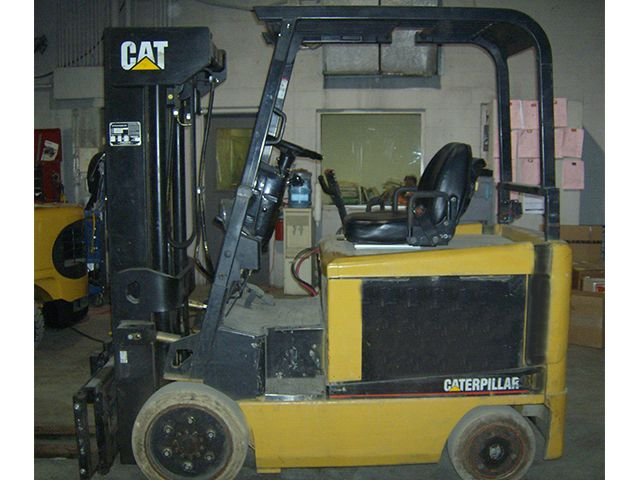 CAT 2EC30 (Quad) 6000