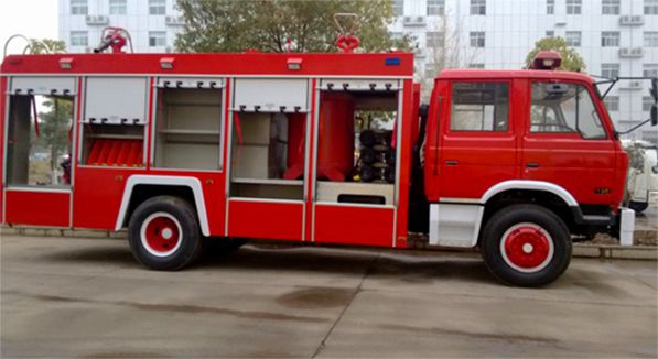 Dongfeng 153 Rescue Pumper