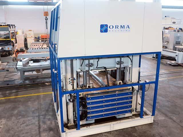 Orma NEW MASTER 25/13 Through feed press