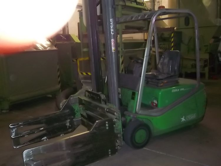2 Others 16, 20 Ton Forklift