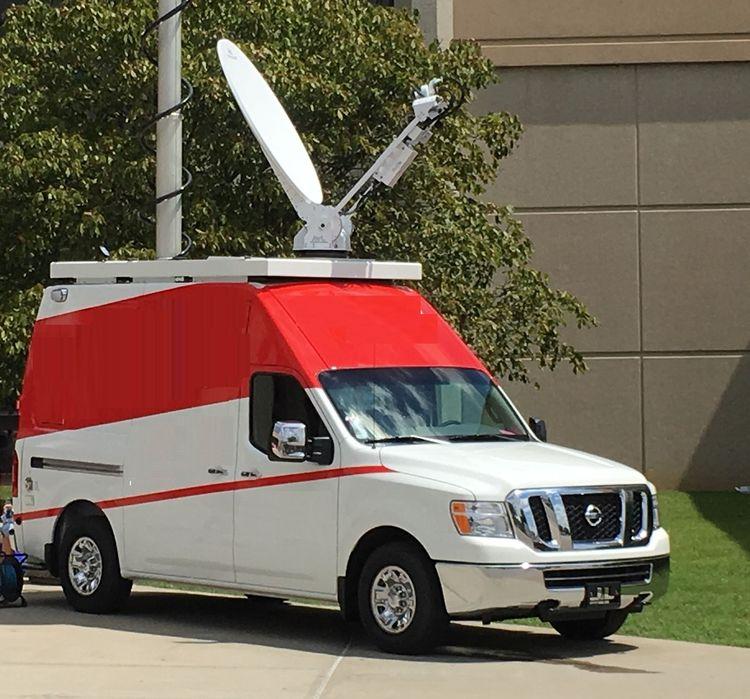Nissan NV3500 Satellite Microwave Van