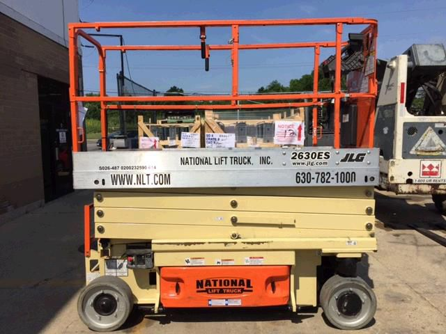 JLG Industries 2630ES 26' ELECTRIC SCISSORS LIFT