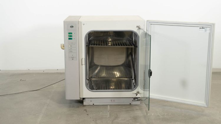 NuAire NU-4850 US AutoFlow CO2 Water-Jacketed Incubator