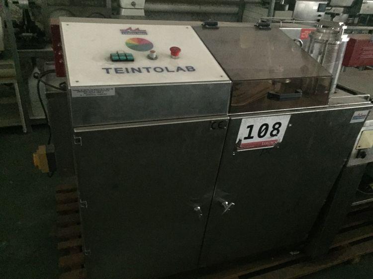 Laboratory dyeing system