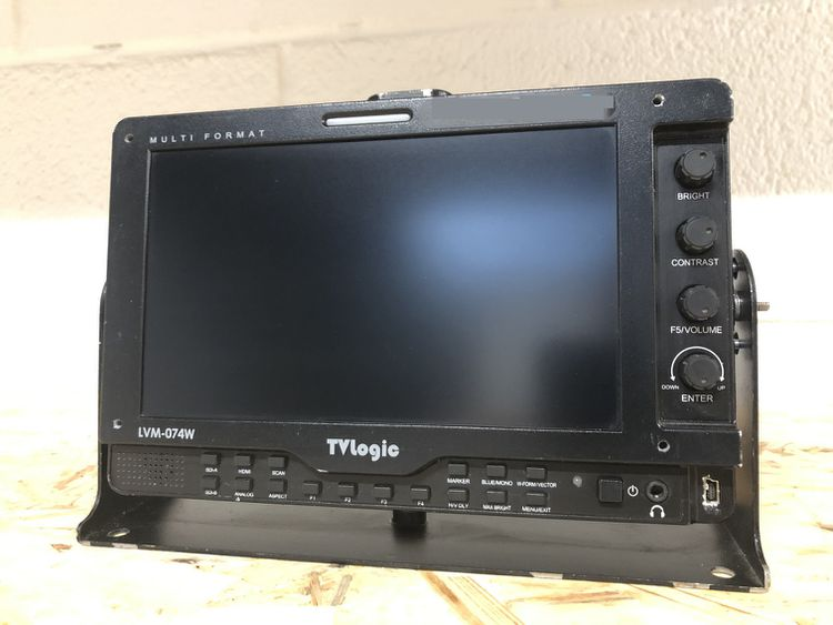 TV LOGIC LVM-074W LCD monitor