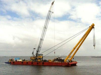 Derrick 50.91m Heavylift Derrick G.A. on Steel Trader Barge.