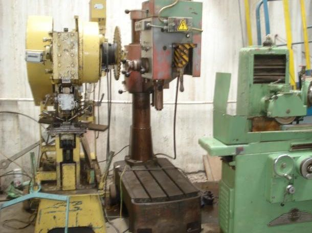 Mecof Radial Drilling Machine Variable