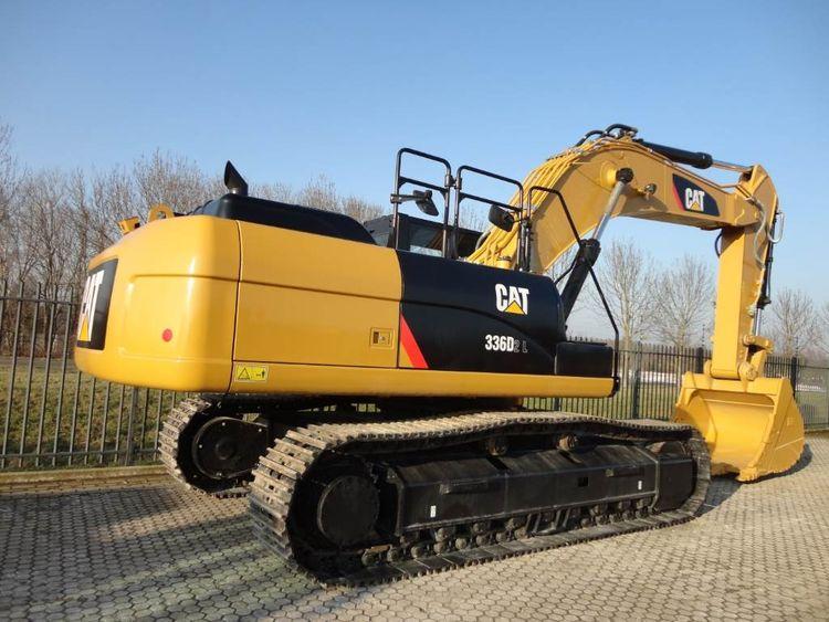 2 Caterpillar 336DL Excavator
