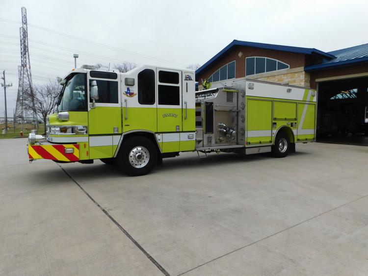 Pierce Rescue Pumper w/CAFS (Wide Body)