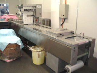 Dixie Union DV2400 GAS FLUSH THERMOFORMER