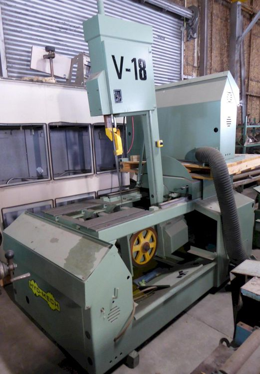 Hyd-Mech V-18 TILT FRAME VERTICAL BAND SAW Semi Automatic