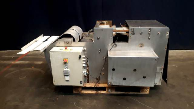 Benhil 8529 Semi automatic case packer
