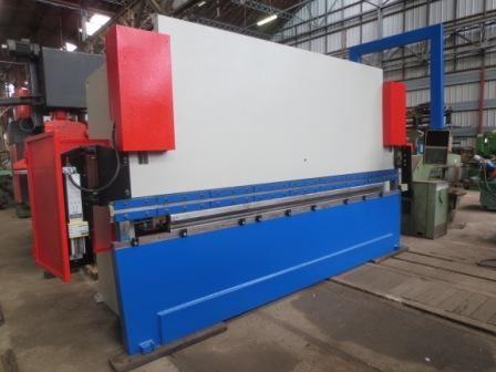 Beyeler BEYELER CNC 150T Tonnes x 4000 mm 150 Ton