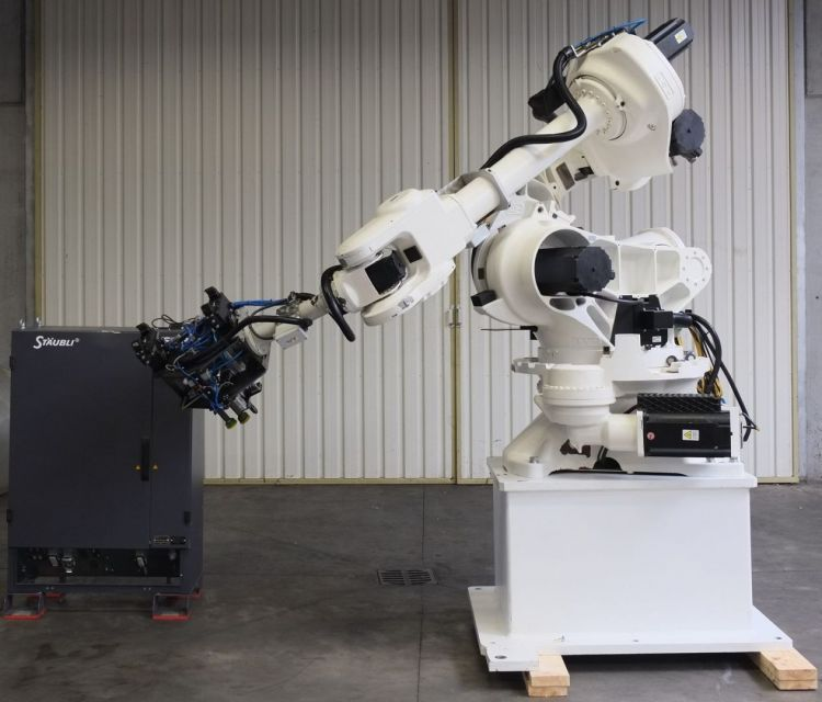 Staubli SMART NH1-130-3.0 S, Robot