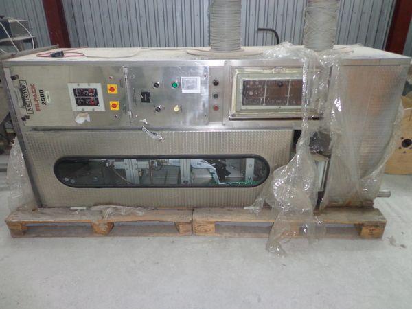 Nichrome  FILPACK 2500 milk filling machine