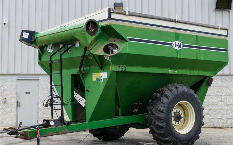 J&M Grain Carts