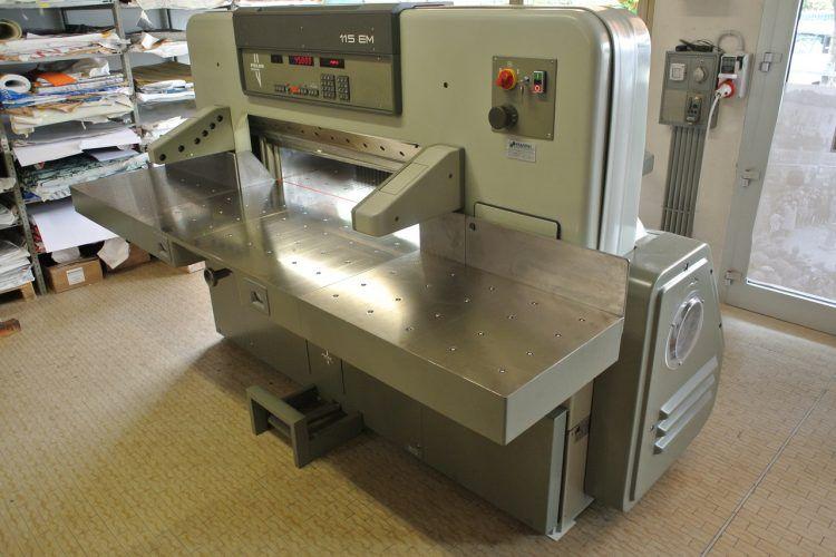 Polar 115 EM, Paper Cutter