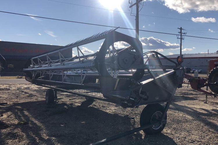 Gleaner 5100-30 Header Draper