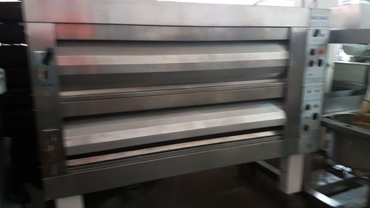 Macadams 2-3 Deck Oven