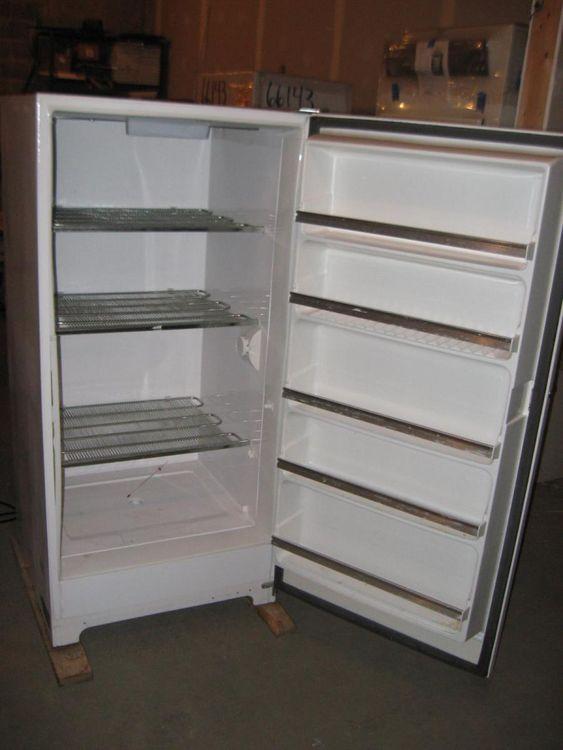 Revco U2016G Freezer