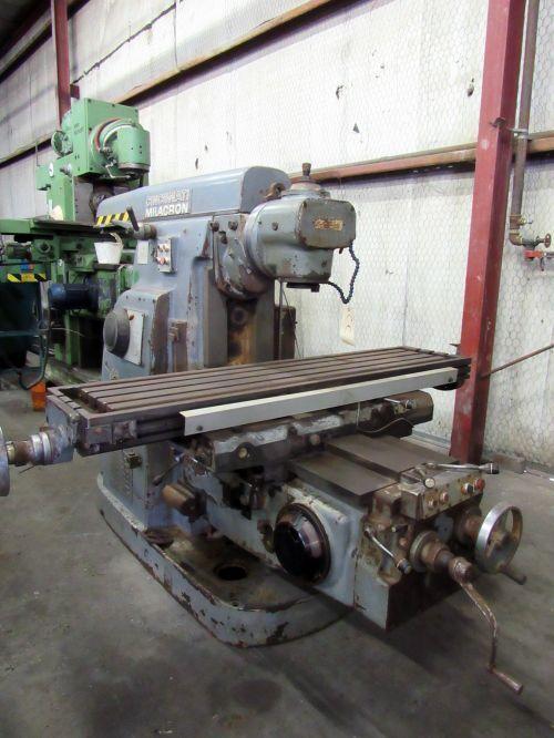 Cincinnati Milacron 315-16 PLAIN DIAL TYPE HORIZONTAL MILLING MACHINE 1600 rpm