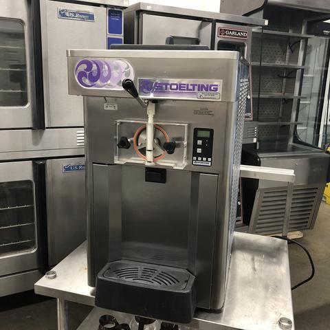 Stoelting 0111-38I-YG2 ICE CREAM MACHINE