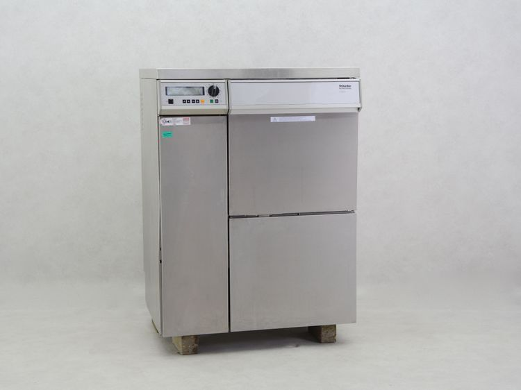 Miele G7836CD dishwasher