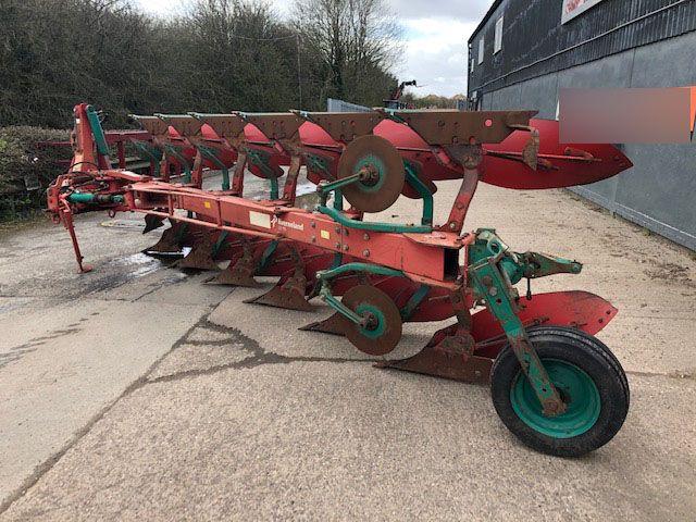Kverneland LD85/300 Plough