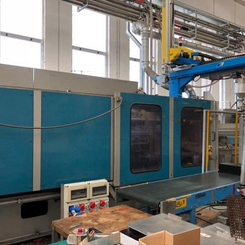 2 BMB Injection molding machines
