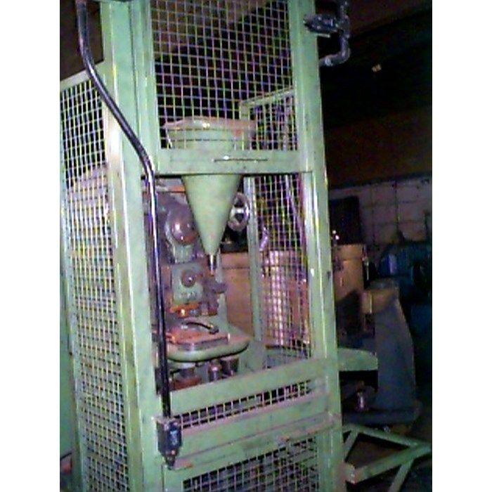Apex 98  4 Ton Single Punchtablet Press