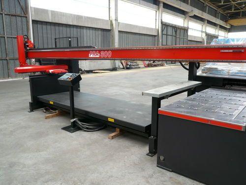 Amada PRA 300 CNC Control