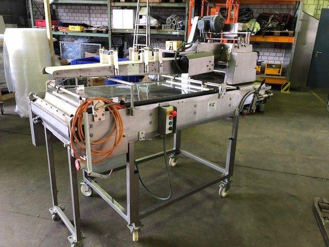 Universum LWT3/80 PREM - 40J - EB2/20W LG croissant wrapping machine